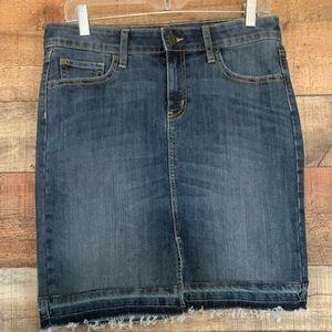 GAP denim mini skirt, size 8